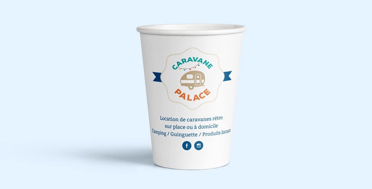 Eco cup avec l'identité caravane palace